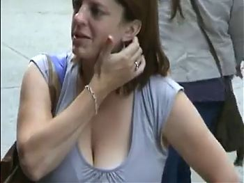 Candid Huge Hanging Cleavage