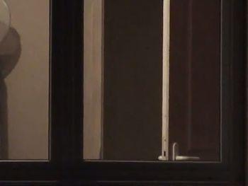 la finestra di fronte!